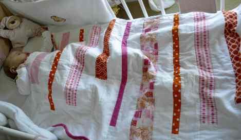 arrulo niña de patchwork blanco rosa naranja